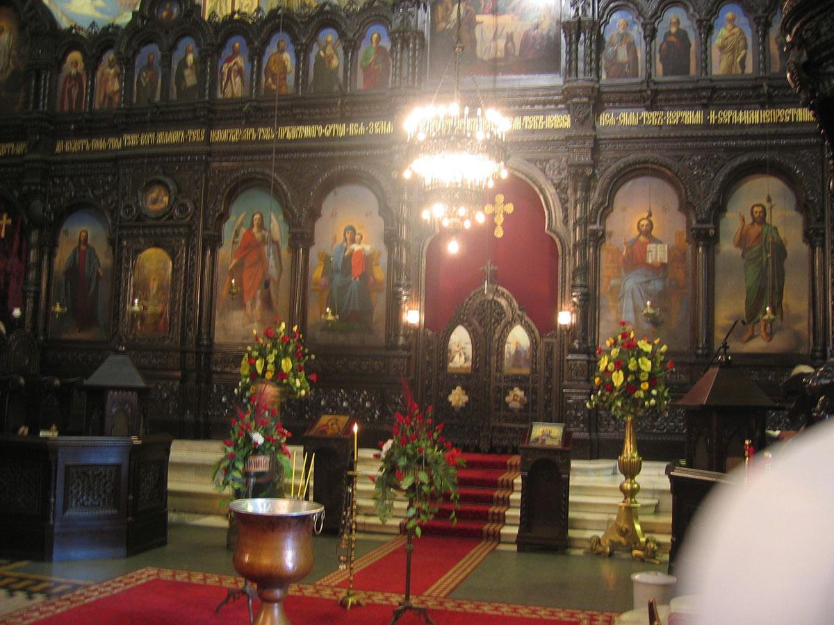 Varna Katedrali'nin içi