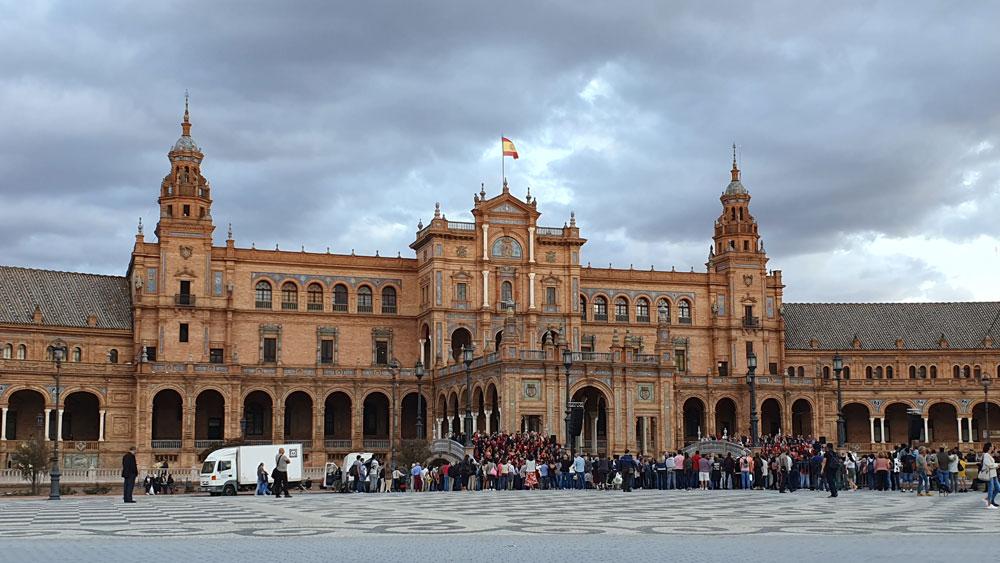 İspanya Meydanı'nda konser vakti