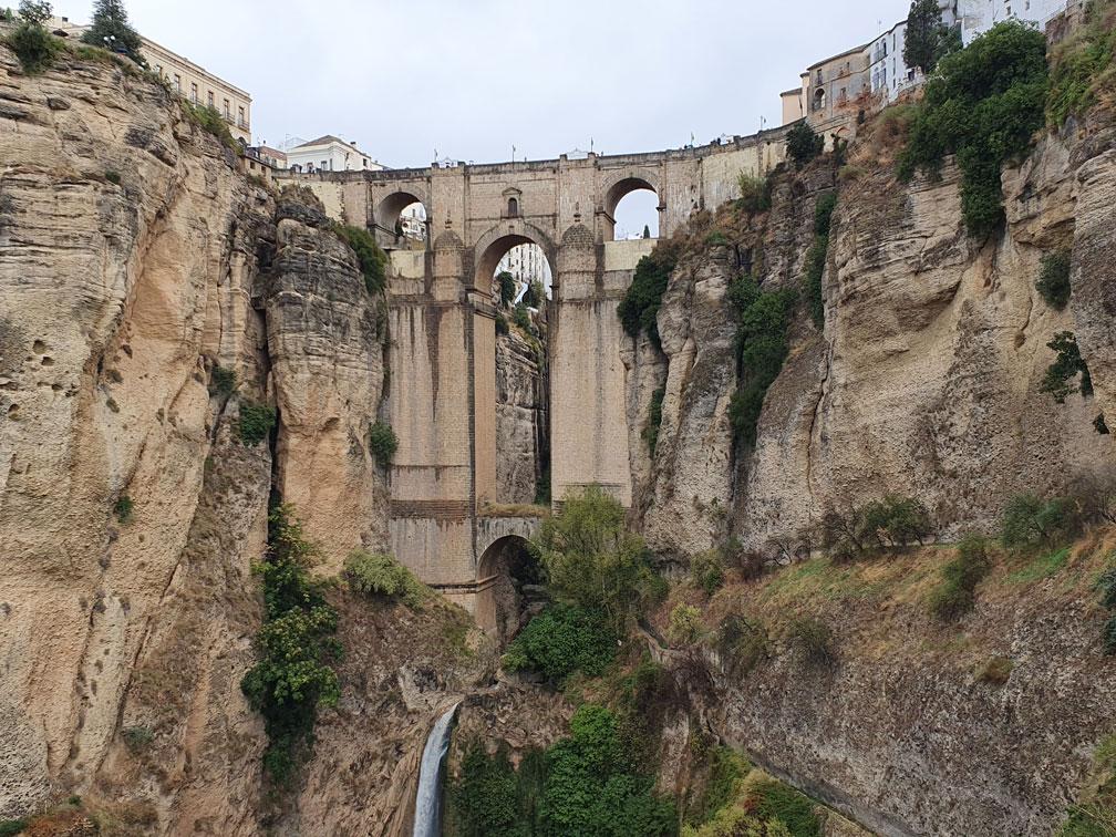 Meşhur Yeni Köprü