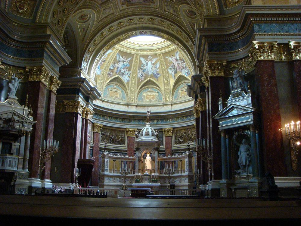 Aziz Stefan Bazilikası'nın içi