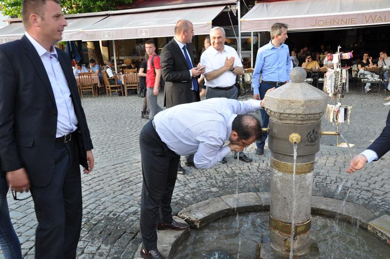 Buraya tekrar gelebilmek için Şadırvan'ın suyundan içtik