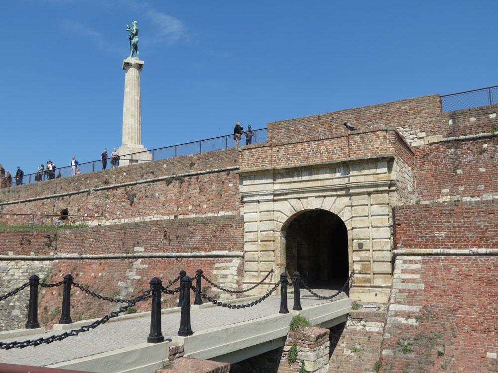 Belgrad Kalesi'nin Kral Kapısı ve Victor Anıtı