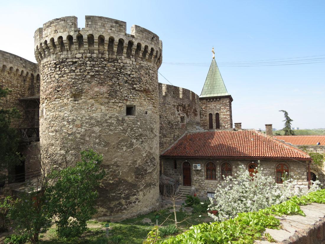 Belgrad Kalesi'nin Zindan Kapısı