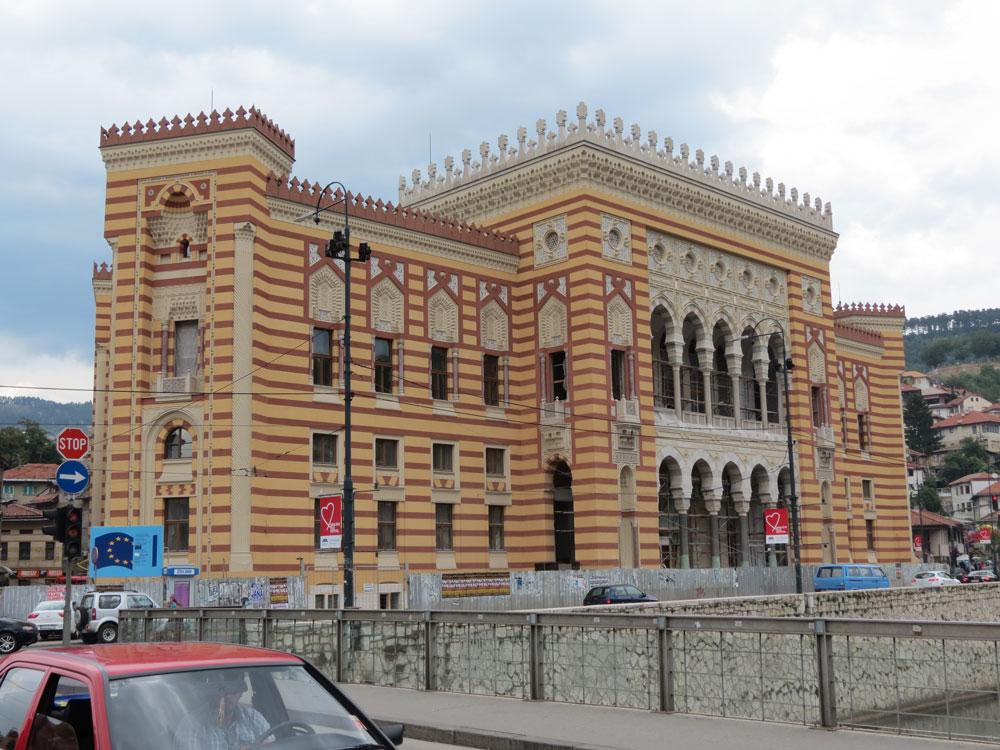 Milli Kütüphane binası