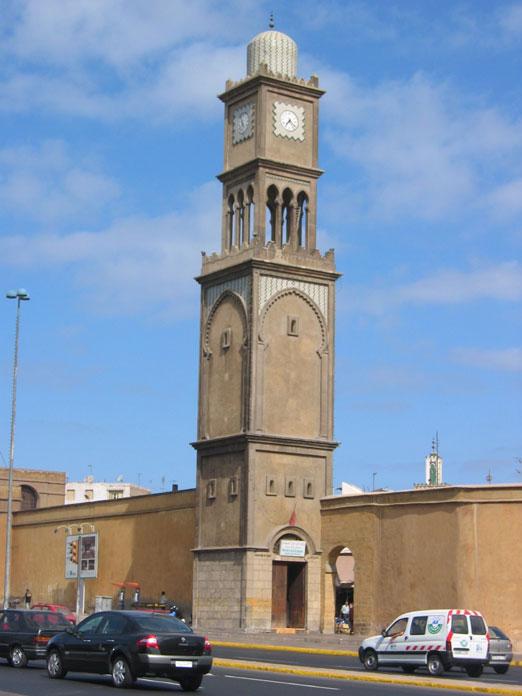 Kazablanka'nın Medina'sında tarihi saat kulesi