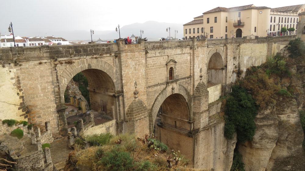 Ronda'nın simgesi Yeni Köprü