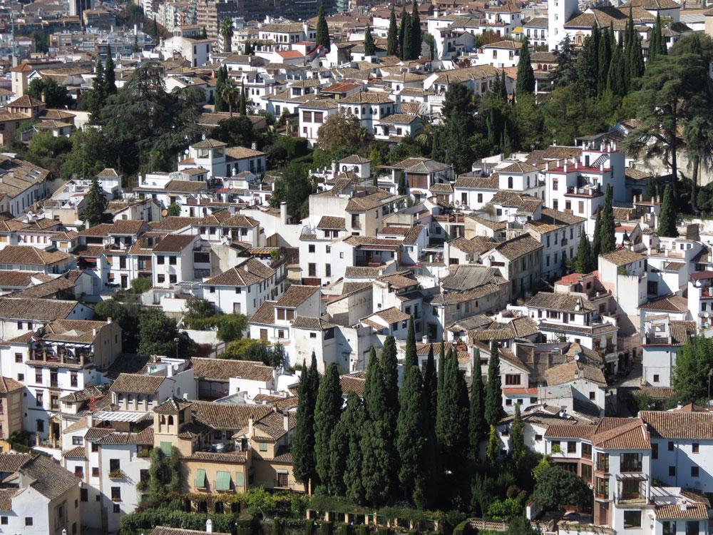 Elhamra'dan Sacromonte mahallesinin görünümü