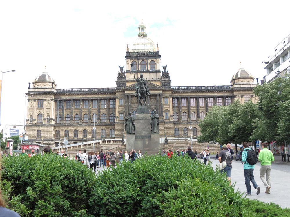 Kadife Devrimin gerçekleştiği Wenceslas (Vaclav) Meydanı