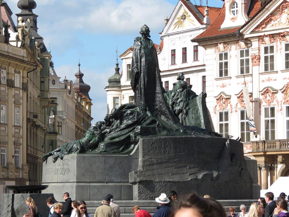 Jan Hus Anıtı