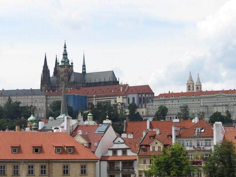 Prag Kalesi ve civarının görünümü