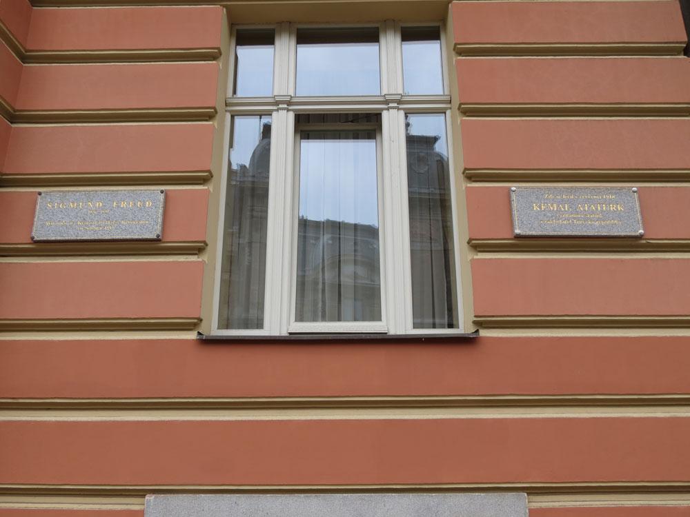 Mustafa Kemal 1918'de, Freud ise 1915'te bu otelde kalmış