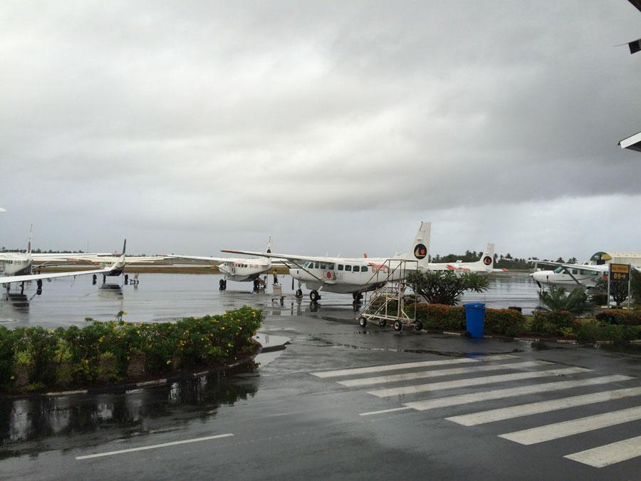 """Darüsselam-Zanzibar arasında çalışan """"dolmuş"""" uçaklar"""
