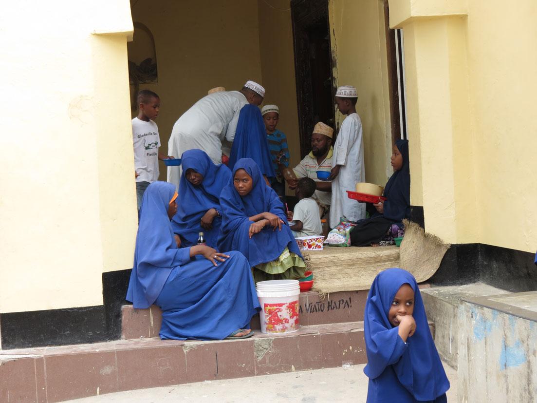 Bir Zanzibar okulunda teneffüs zamanı