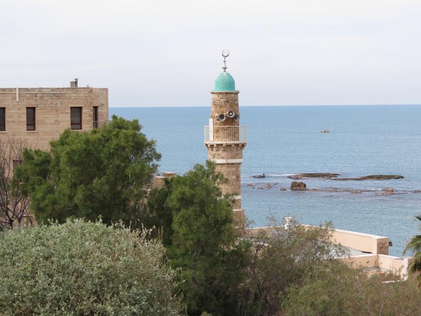 Deniz Camii (El-Bahr Mescidi) Yafa'da ayakta kalan en eski camii. Osmanlı döneminde, tahminen 16. yüzyılda inşa edilmiş.