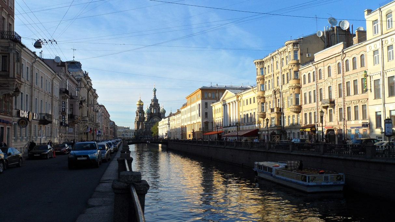 Nehir ve kanallarla daha da güzelleşen bir şehir...