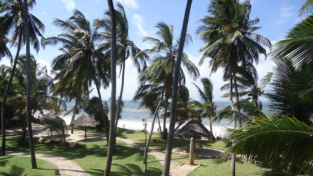 Hint Okyanusu kıyısından bir Mombasa görüntüsü