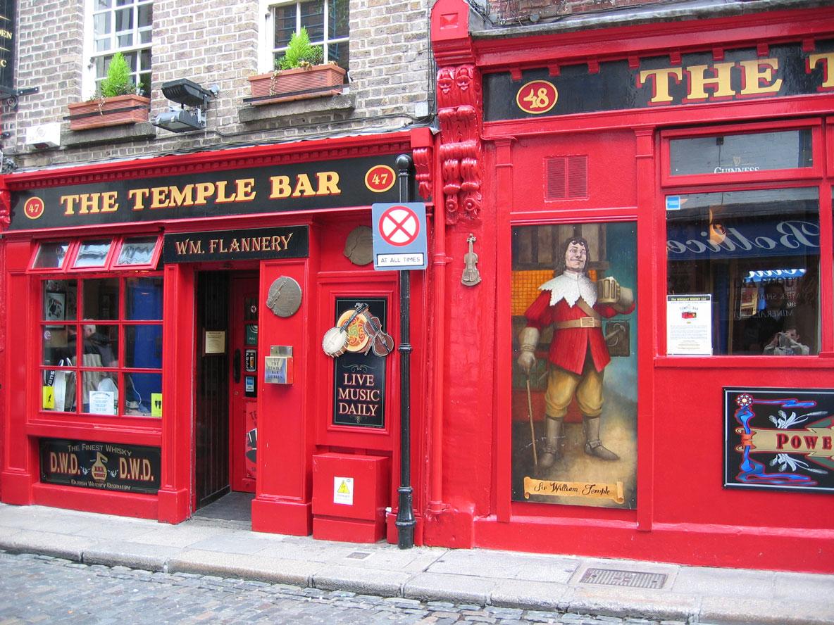 Şehrin en meşhur pub'larından biri olan The Temple Bar