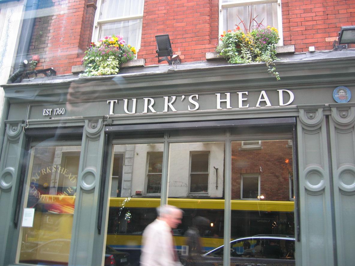 Bu da Dublin'deki Turk's Head