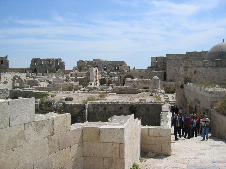 Halep Kalesi'nin içi