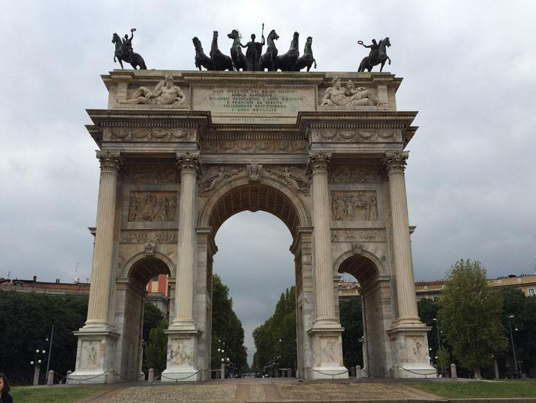 Milano'da Sempione Kapısı