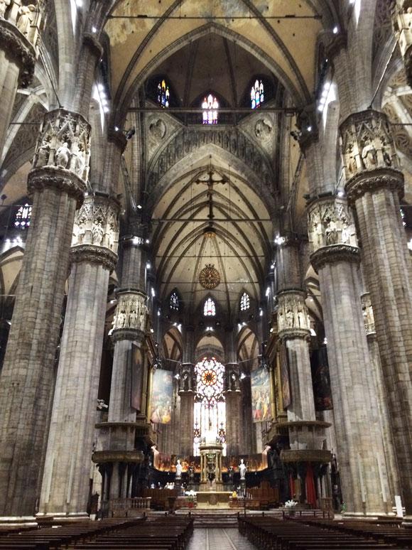 Milano Katedrali'nin içi
