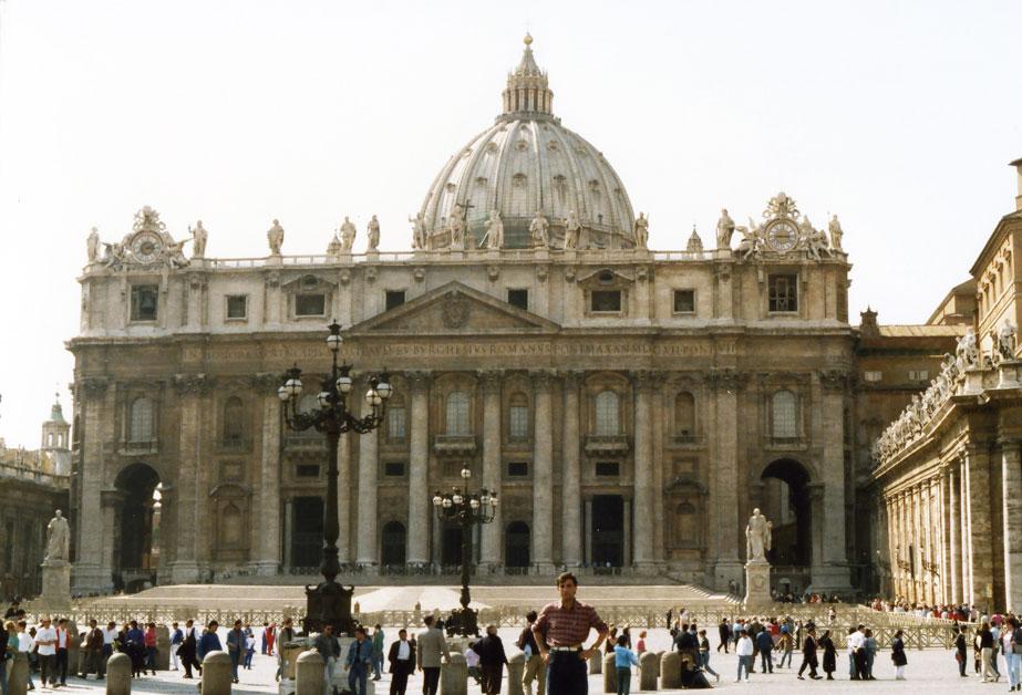 Vatikan'da Aziz Petrus Bazilikası