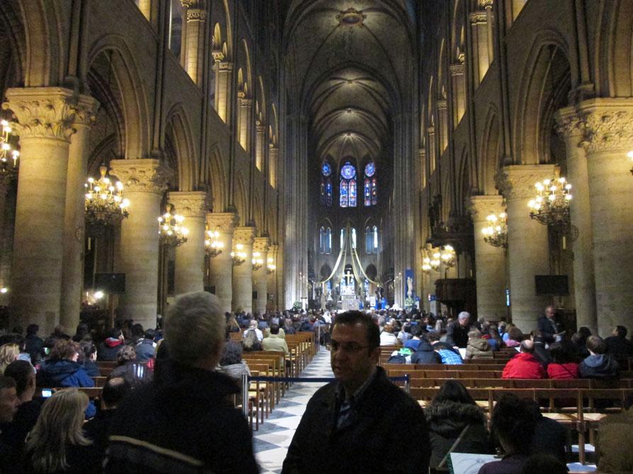 Notre Dame Katedrali'nin içinde