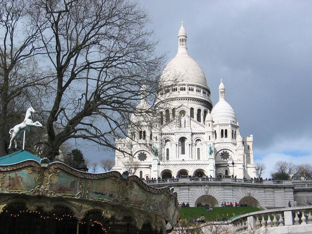 """""""Kutsal Kalp"""", yani Sacré-Cœur Bazilikası"""