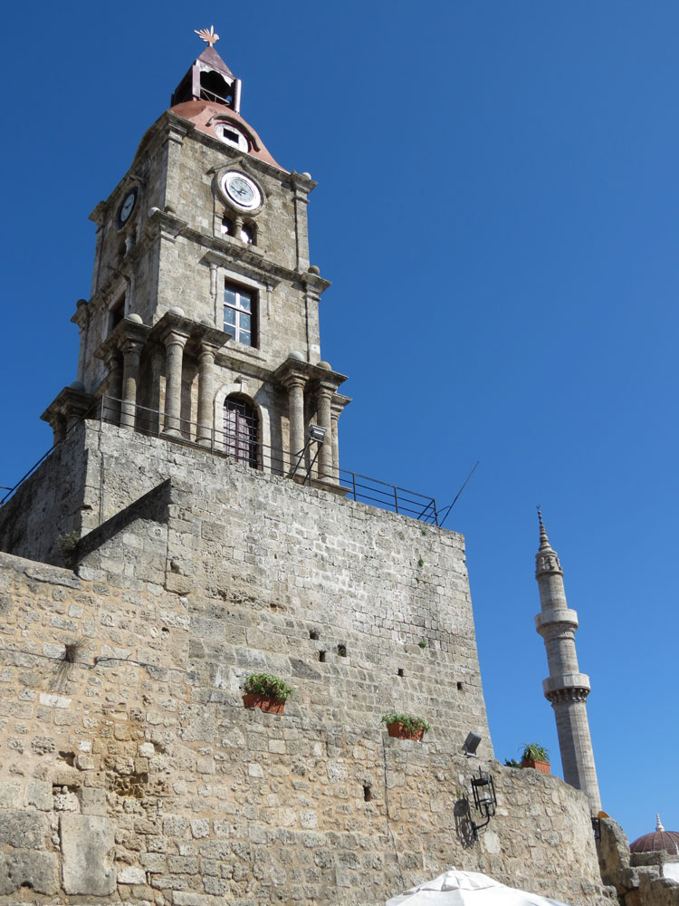 İki Osmanlı eseri: Saat Kulesi ve Kanuni Sultan Süleyman Camii