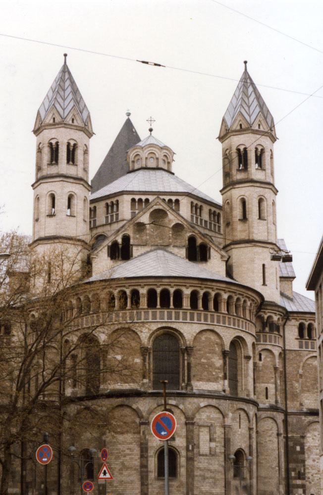 Köln'de Büyük Aziz Martin Kilisesi