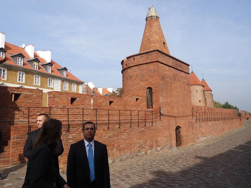 Eski Şehir surları ve gözetleme kuleleri