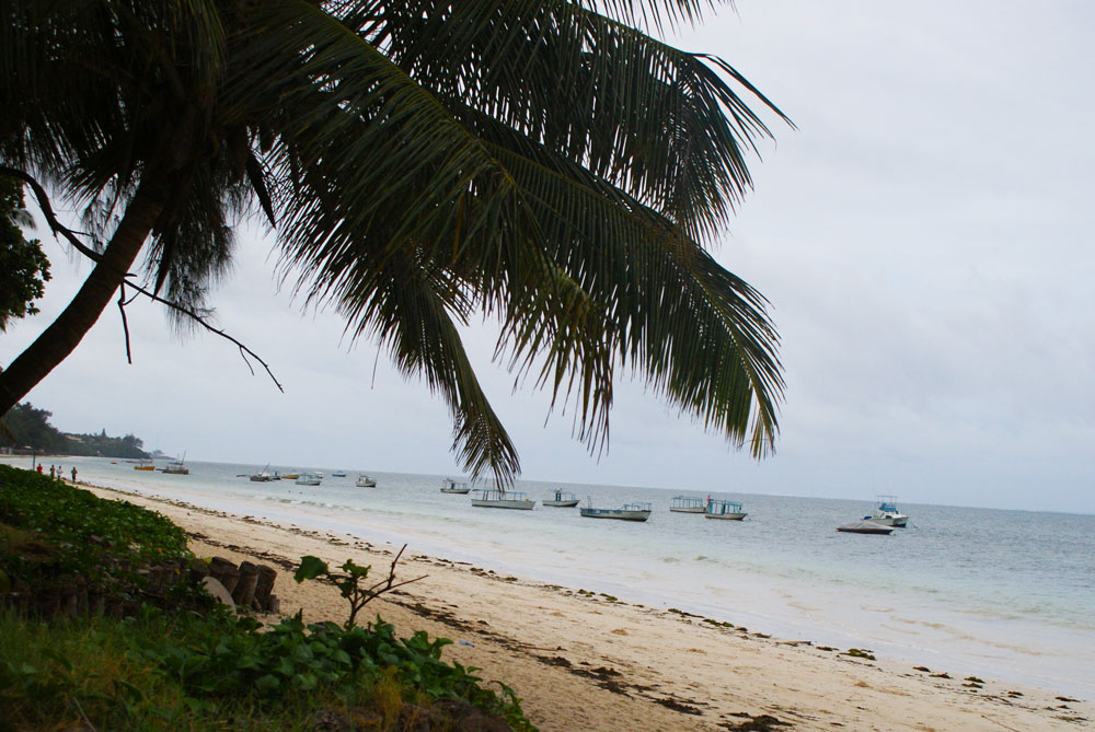 Hint Okyanusu sahili egzotik tatil arayanlara göz kırpıyor
