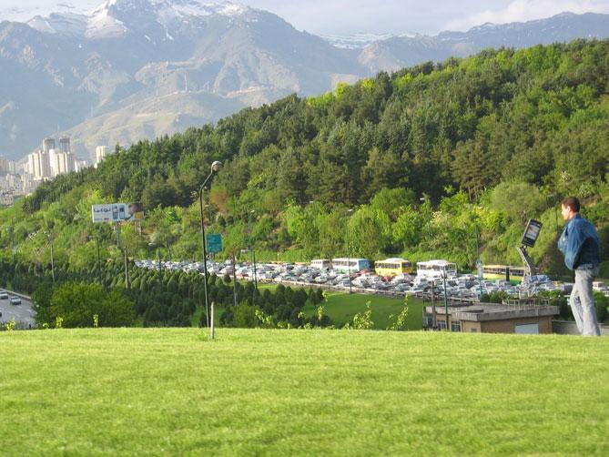 Tahran'da trafik yoğunluğu