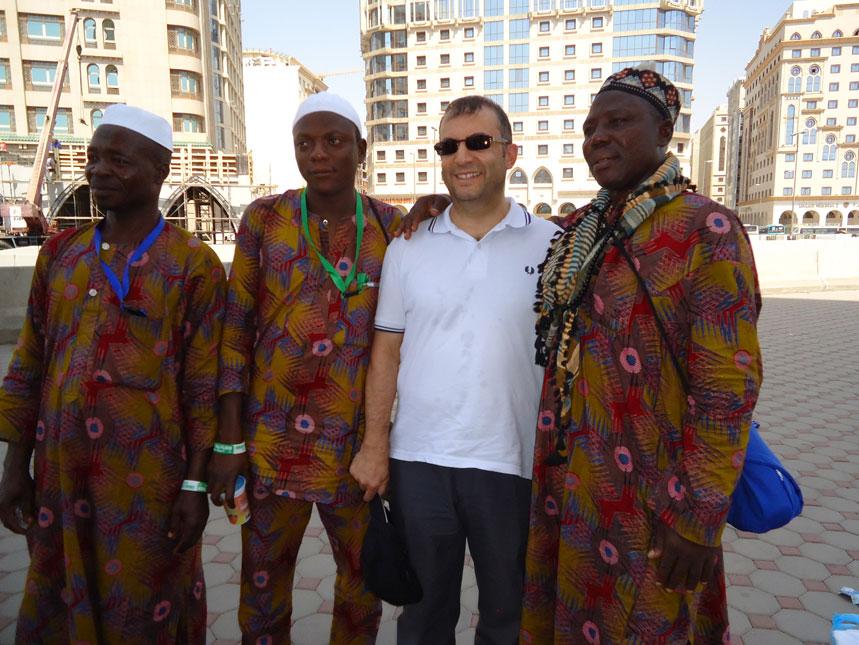 Nijeryalı hacılarla muhabbet...