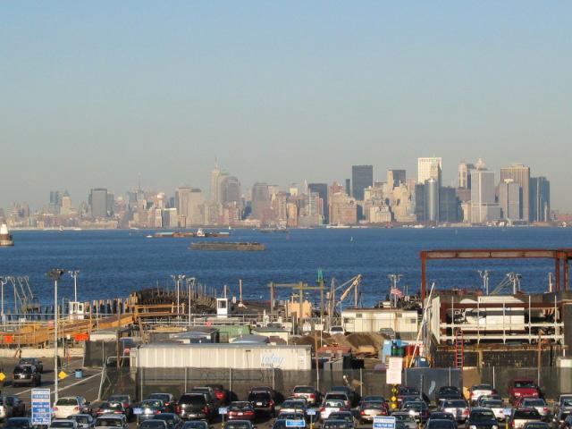 Staten Adası'ndan Manhattan'ın görünüşü