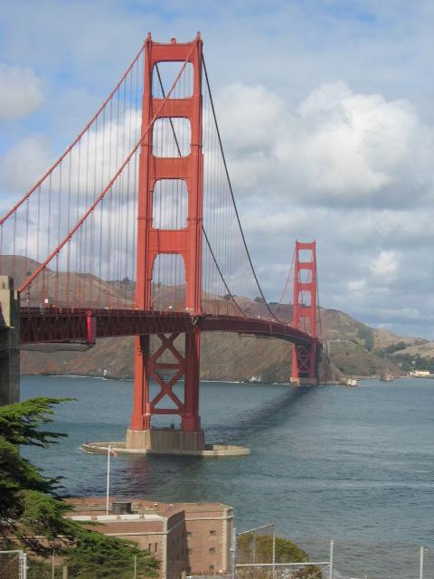 San Francisco'nun simgesi Golden Gate Köprüsü