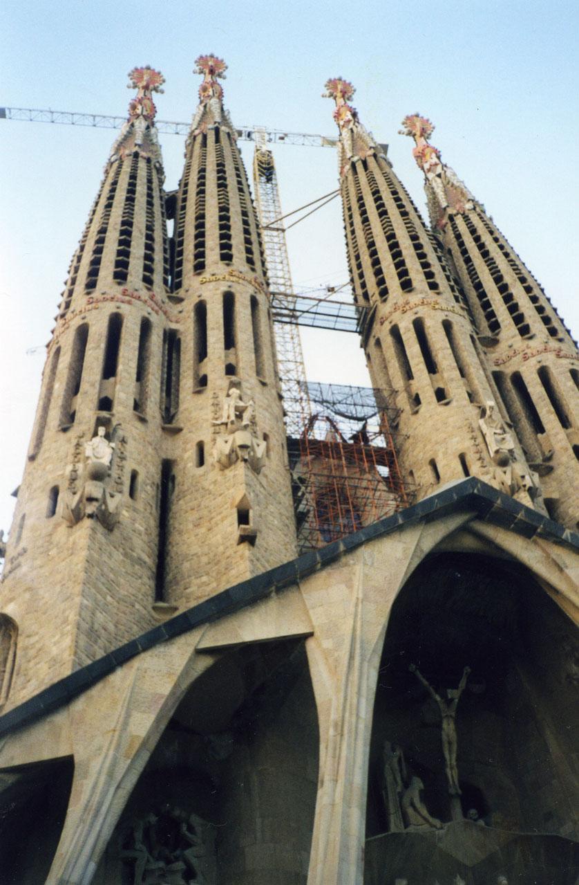 Barselona'da Gaudi'nin meşhur eseri Sagrada Familia Bazilikası