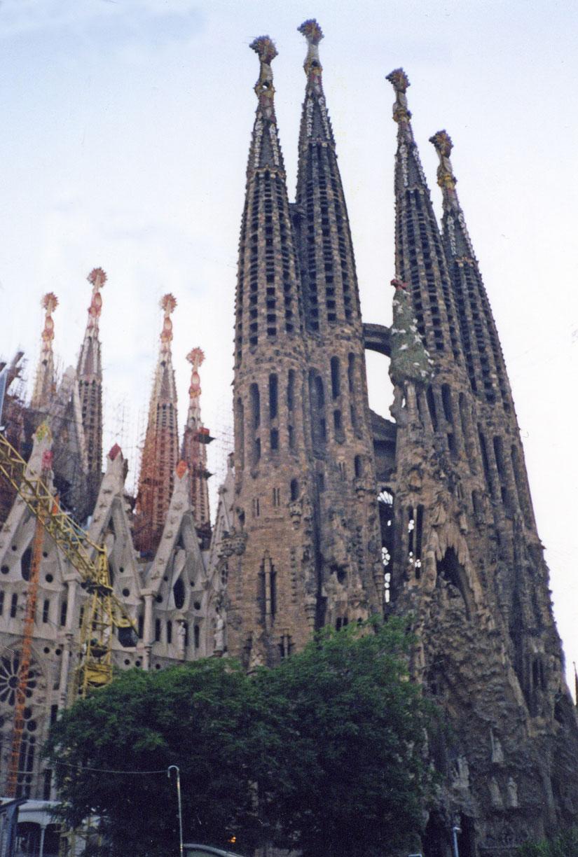 Gaudi'nin eseri Sagrada Familia Bazilikası